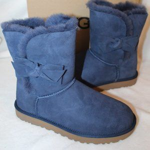 UGG WOMEN'S DAELYNN SUEDE LEATHER BOW CLASSIC BOOT